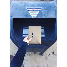 More golden letters take to the wind ✉️🌀