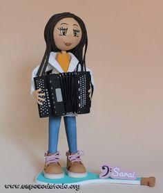 www.unpocodetodo.org - Fofucha de Sarai - Fofuchas - Goma eva -  accordion - acordeon - crafts - custom - customized - foami - foamy - manualidades - music - musica - personalizado - 1