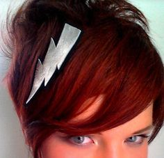 I WANT THIS HEAD BAND SO BAD!!!!!