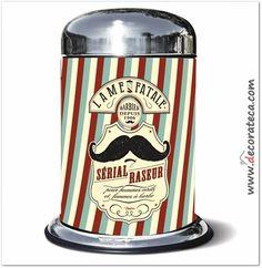 Original y divertídisimo cubo de basura / papelera de tamaño pequeño (5 litros) Moustache. Decoración retro, vintage, barber shop, bigotes - WWW.DECORATECA.COM