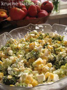 Sałatka z brokułem, fetą, kukurydzą i prażonym słonecznikiem | kruche babeczki Vegetarian Recipes, Cooking Recipes, Healthy Recipes, Cooking Movies, Cooking Beets, Broccoli Salad, Food Crafts, Salad Recipes, Potato Salad
