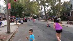 Нью Йорк: Еще одна уличная вечеринка #лето #пати #еда — Brooklyn, NY, United…