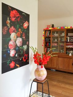 Flowers on the wall #ixxidesign