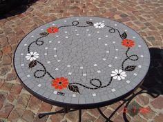 Mosaic table by Lisa B's Art Studio follow me on Facebook