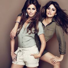 Penelope Cruz and her sister, Monica Cruz, have unveiled their highlight anticipated lingerie line for Agent Provocateur. Penelope Cruze, Celebrity Siblings, Beautiful People, Beautiful Women, Safari Chic, Lingerie Collection, Female Portrait, Photography Poses, Modern Photography