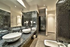 That's a dream to have bathroom like this. You can stay here with us! Prague City, Apartment Interior Design, Apartments, Mirror, Bathroom, Furniture, Home Decor, Washroom, Decoration Home