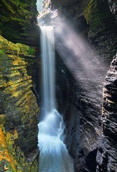 Cavern Cascade - Finger Lakes, Watkins Glen , Schuyler County, NY , USA