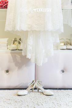 http://heiratenexklusiv.de - Brautkleid Tango und Schuhe Penny von Elsa Coloured Shoes