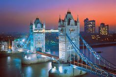 Tower Bridge, London - 1500pc Jigsaw Puzzle by TOMAX