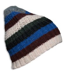 cosy stripes hat offwhite American Outfitters