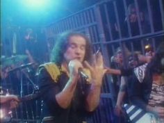 Scorpions - Rock You Like A Hurricane (1984)