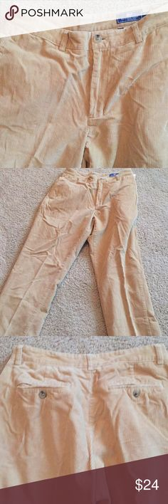Men's Vineyard Vines pants size 30 Excellent used condition men's corduroy tan pants 30x32. Vineyard Vines. No visible stains, Very good condition. Too big for my son. Vineyard Vines Pants Straight Leg