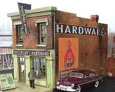 Black Forest Hobby Supply Co | Patterson's Hardware 244-2011 | Downtown Deco | N Scale