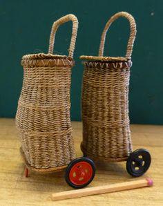 Basketcase Miniatures: Some new stuff for KDF. Miniature Furniture, Doll Furniture, Dollhouse Furniture, Willow Weaving, Basket Weaving, Accessoires Mini, Barbie Furniture Tutorial, Muñeca Diy, Diy Doll Miniatures