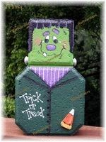 painted Frankie paver Painted Bricks Crafts, Brick Crafts, Painted Pavers, Wood Block Crafts, Stone Crafts, Painted Pumpkins, Painted Rocks, Cement Pavers, Halloween Crafts To Sell