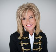 Beth Moore  Ten Truths for the Teenage Girl – Because It Matters Who You're Becoming