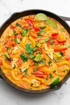 This Vegan Thai Red Curry tastes better than anything you'd get from a restaurant, and is totally customizable. Cauliflower Curry, Chickpea Curry, Vegetarian Protein Sources, Vegetarian Recipes, Easy Vegan Curry, Eggplant Curry, Sweet Potato Curry, Curry Soup, English Food