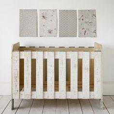 8cf1446cf Cuna de madera reciclada. Xo in my room: Cuna Vintage . Wood Crib BelandSoph