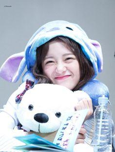 Sejeong (Gugudan) - Ilsan Fansign Event Pics Jeonju, Kim Sejeong, Jellyfish Entertainment, Jeon Somi, School 2017, K Pop Star, Kawaii, Kpop Girls, Ulzzang