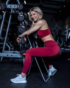 @ famme on Insta for more leggings, top and other activewear #jewelry #leggingsenam #thickwomen #malta #vaamsport #fashionshoes #leggingsfashion #fitnesscoach #photos #fit #fitness #fitness #fitnessInspo #gymwearaddict #fitnessfirst #fashionillustration #photography #model #fashionaddict #fitnesslife #mutinygymwear #sportsbike #gymwears #crossfit #leggingsaspants #fitnesslove Strong Girls, Strong Women, Fit Women, Women Wear, Sports Leggings, Leggings Are Not Pants, Friday Workout, Seamless Leggings, Fit Chicks
