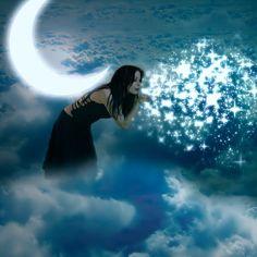 Mulher assopra estrelas ao lado de lua crescente