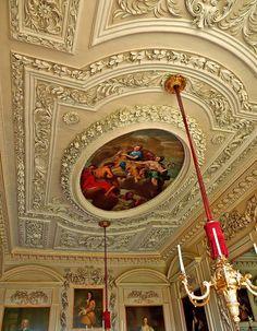Sudbury Hall, Derbyshire, England. 1660-1680 Architecture Details, Interior Architecture, Interior And Exterior, Interior Design, Ceiling Tiles, Ceiling Design, Ceiling Art, Sudbury Hall, Classic Ceiling