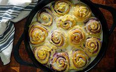 Blueberry Cinnamon Rolls, Blueberry Sweet Rolls, Blueberry Recipes, What's For Breakfast, Breakfast Items, Breakfast Recipes, Muffin Recipes, Delicious Desserts, Dessert Recipes