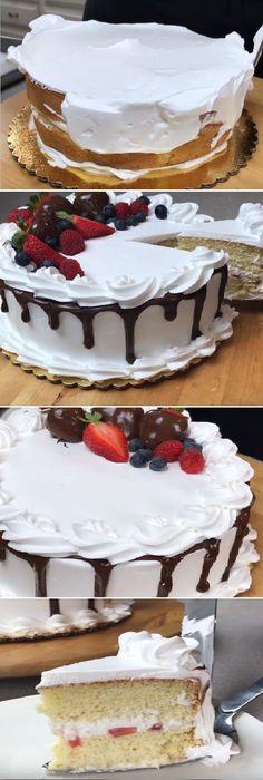 Nunca vía visto algo igual un Pastel de Tres Leches Perfecto y maravilloso. #perfect #leche #delicious #tresleches #3 #milk #3leches #gelato #lechecondensada #lalechera #dulces #chantilly #vainilla #vainillas #postres #receta #recipe #casero #torta #tartas #pastel #nestlecocina #bizcocho #bizcochuelo #tasty #cocina #chocolate #pan #panes Si te gusta dinos HOLA y dale a Me Gusta MIREN…