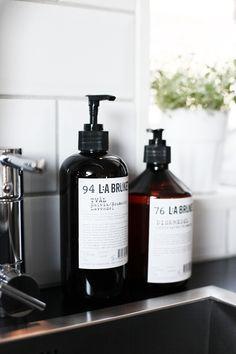 La cosmétique L;A Bruket disponible sur parfaites.fr
