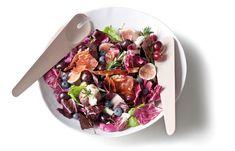 Radicchio, fig & goat cheese salad with rasberry vinaigrette - Yuppiechef/Spatula