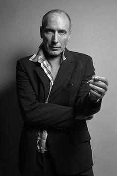 """Eusebio Poncela: """"En el estreno de 'Arrebato' les faltó tirarnos piedras"""". Yago García   Canino, 2016-02-26 http://www.caninomag.es/entrevista-eusebio-poncela-en-el-estreno-de-arrebato-les-falto-tirarnos-piedras/"""