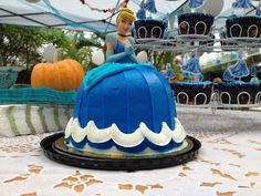 Lucky cakes for dessert table