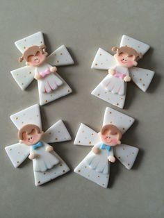 Cross Gabriel Baptism Favors, Pasta Flexible, Polymer Clay, Cookies, Christmas Ornaments, Holiday Decor, Crosses, Arts And Crafts, First Holy Communion