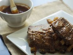 Slow Cooker BBQ Apple Ribs