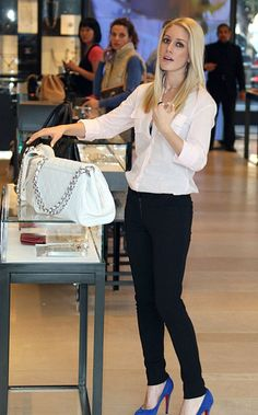 Heidi Montag wearing Chanel Quilted Tote in White, Christian Louboutin Declic Pumps.