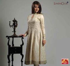 Simplicity, femininity, elegance and linen