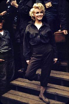 Marilyn Monroe in Korea (1954)