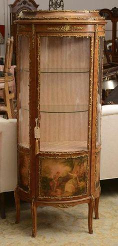 Louis XV style Vernis Martin vitrine