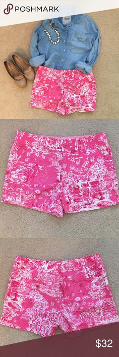 Lilly Pulitzer Skinny Dippin Shorts Super fun print! I've only worn these shorts a few times. They're easily dressed up or down! Lilly Pulitzer Shorts