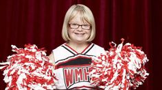 Lauren Potter, AKA Becky From 'Glee,' Got Engaged To Her Childhood Friend Becky with the promise ring. Lauren Potter, Netflix, Down Syndrome People, Childhood Friends, Getting Engaged, Famous Celebrities, Mean Girls, Glee, American Girl