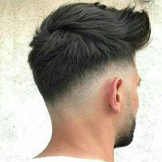 peinado Herrenfrisuren 2019 - Popular Men's Haircuts and Hairstyles For Men Medium Hair Cuts, Short Hair Cuts, Medium Hair Styles, Short Hair Styles, Trendy Mens Haircuts, Trending Haircuts, Trendy Haircut, Popular Mens Hairstyles, Low Fade Haircut