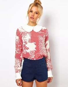 Frill Trim Collar In Floral Spot Print Blouse
