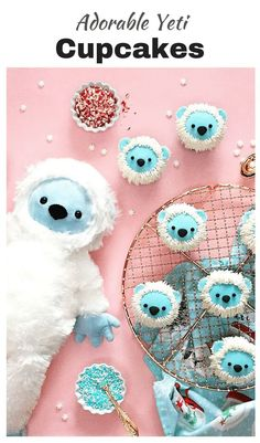 Adorable Yeti cupcakes | bigfoot - yeti cupcakes are sure to please any sci-fy lover.