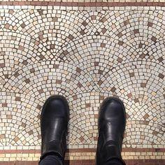 Another #artbeneathourfeet found in Honiton, England (my home town)  #fromwhereistand #artie #tiles #tileaddict #mosaic #mosaicart #tileaddiction #tileporn #beautiful #floors #floor #selfeet #bodenselfeet #bostonteaparty #honiton #devon #england #ihaveathingforfloors #ihaveathingwithfloors #ihavethisthingwithtiles #ihavethisthingwithfloors