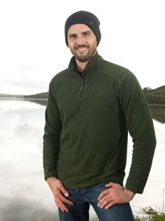 Portwest Ben Microfleece - Green MP50 A lightweight, soft microfleece with a quarter zip, the Ben makes for a perfect base layer and looks great on its own. #portwest #westport #ireland #outdoor #mensfleece #microfleece #hiking #walking