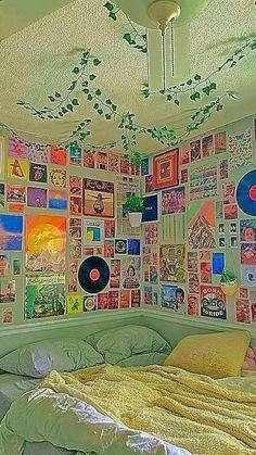 Indie Bedroom, Indie Room Decor, Cute Bedroom Decor, Room Design Bedroom, Teen Room Decor, Room Ideas Bedroom, Bedroom Inspo, Dream Bedroom, Chill Room