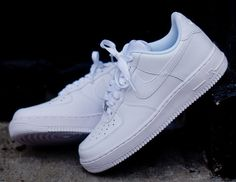 Nike Air Force 1 Low - White Microperf