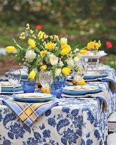 Blue Table Settings, Beautiful Table Settings, Wedding Table Settings, Outdoor Settings, Head Table Wedding, Outdoor Art, Blue Yellow, Tablescapes, Table Decorations