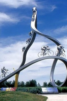 """""""ITALIAN BICYCLE MONUMENT"""" 