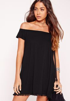 Pom poms are our new obsession here at Missguided and this beaut of a bodycon piece showcases the trend perfectly. In a bardot swing shape, this dress is super cute. Style with a pair of heeled boots and plenty of accessories for a festival...